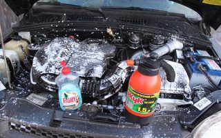 Чем помыть двигатель снаружи