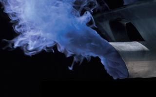 Почему дымит двигатель синим дымом